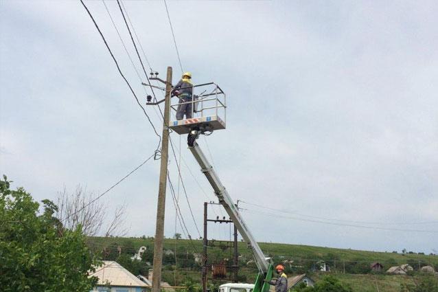 За выходные ДТЭК Донецкие электросети восстановил электроснабжение для 23 тысяч домохозяйств