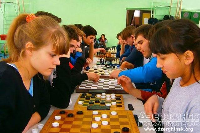 выбирая шахматный турнир для детей для девочки