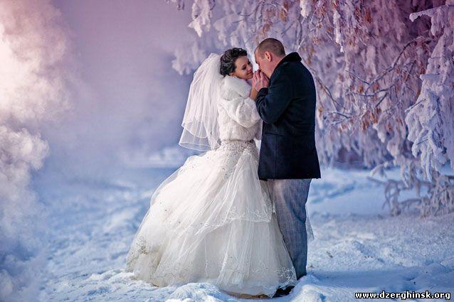 Преимущества зимних свадеб.