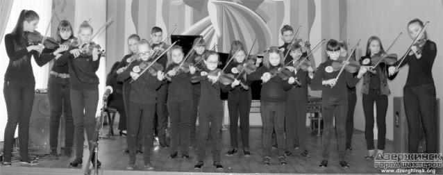 Ансамбль скрипачей с Украины покоряет мир