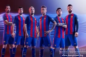 Форма прославленных футболистов Испании