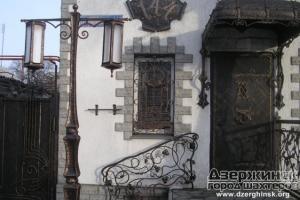 Входные двери и кованые ворота в Николаеве