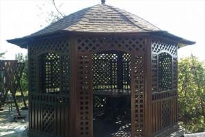 садова альтанка з натуральноъ деревини
