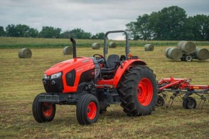 Преимущества эксплуатации мини-трактора