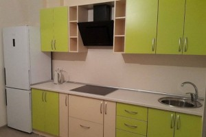 """Мебель для кухни, а также межкомнатные двери и окна от компании """"ДИС"""""""