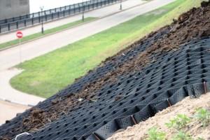 Особенности и применение георешетки в строительстве