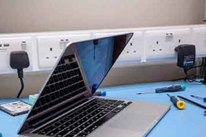 Проблемы ноутбуков Apple и варианты их решения