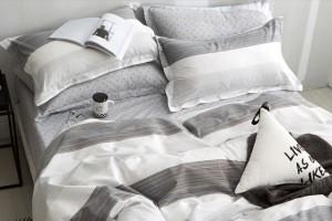 Сатиновое белье: качественные комплекты для комфортного сна