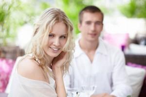 Как обратить на себя внимание мужчин